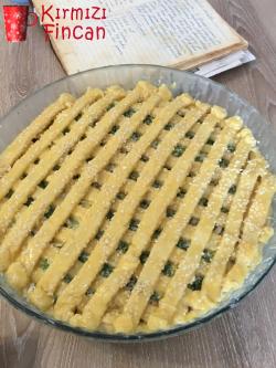 peynirli-pastirmali-sucuklu-tart-pismemis-kirmizifincan