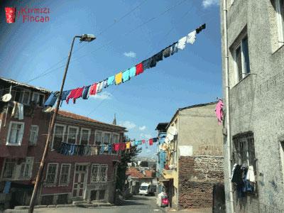 Balat'ta evler arası çamaşırlar