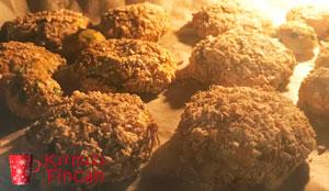 Fırın mücveri şeklinde fırında karnabahar köfte